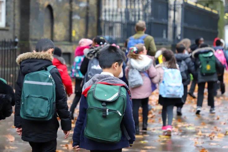 疫情对于学生与学校的影响